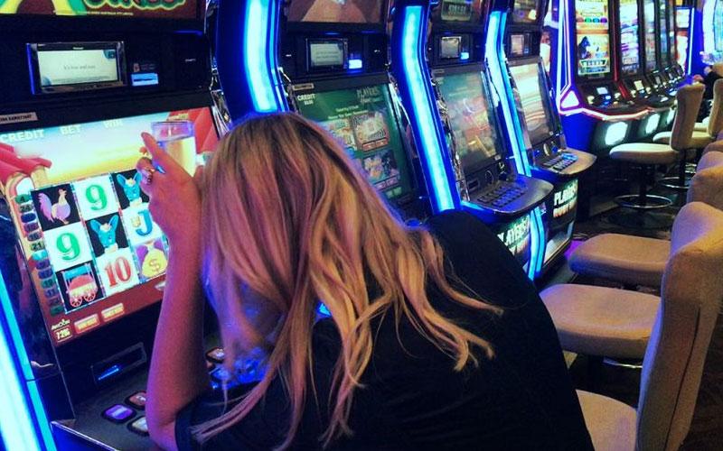Keunggulan Dan Keuntungan Bermain Di Situs Game Slot Resmi
